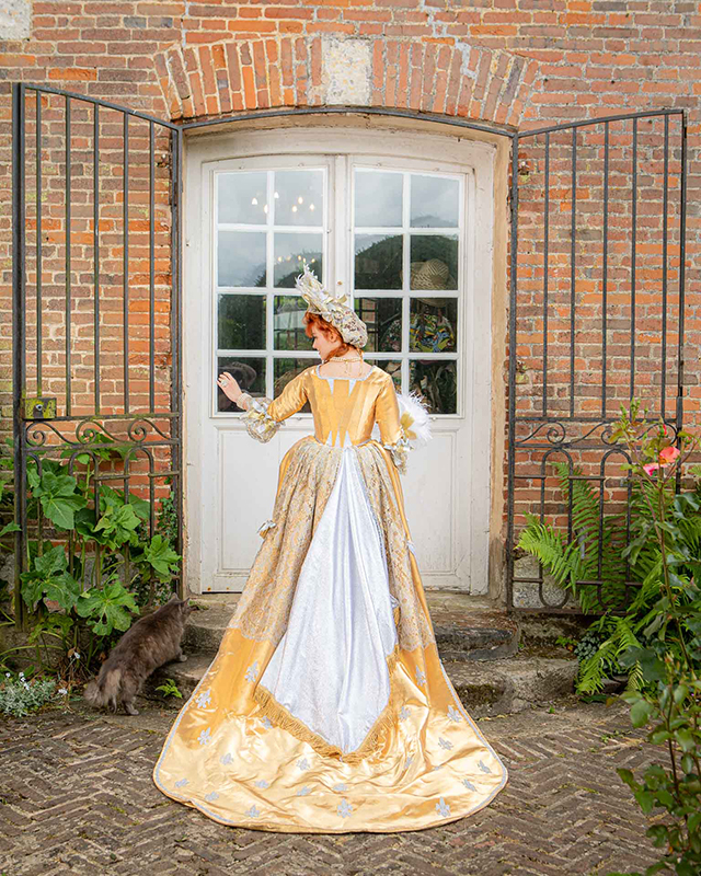 costume duchesse de fontanges pour shootings photos costumes made in france animation costumees